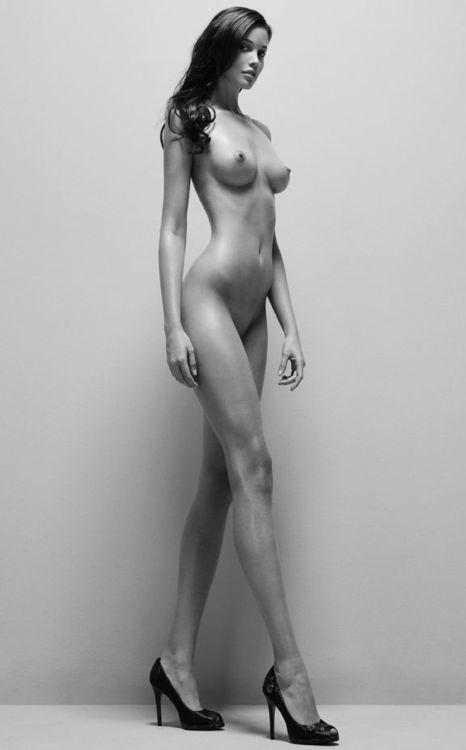 Фото высоких голых женщин 64429 фотография