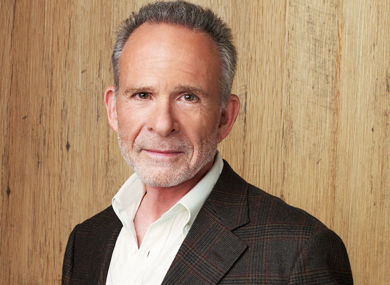 Ron Rifkin Isnt Happy With His Role On Brothers Sisters