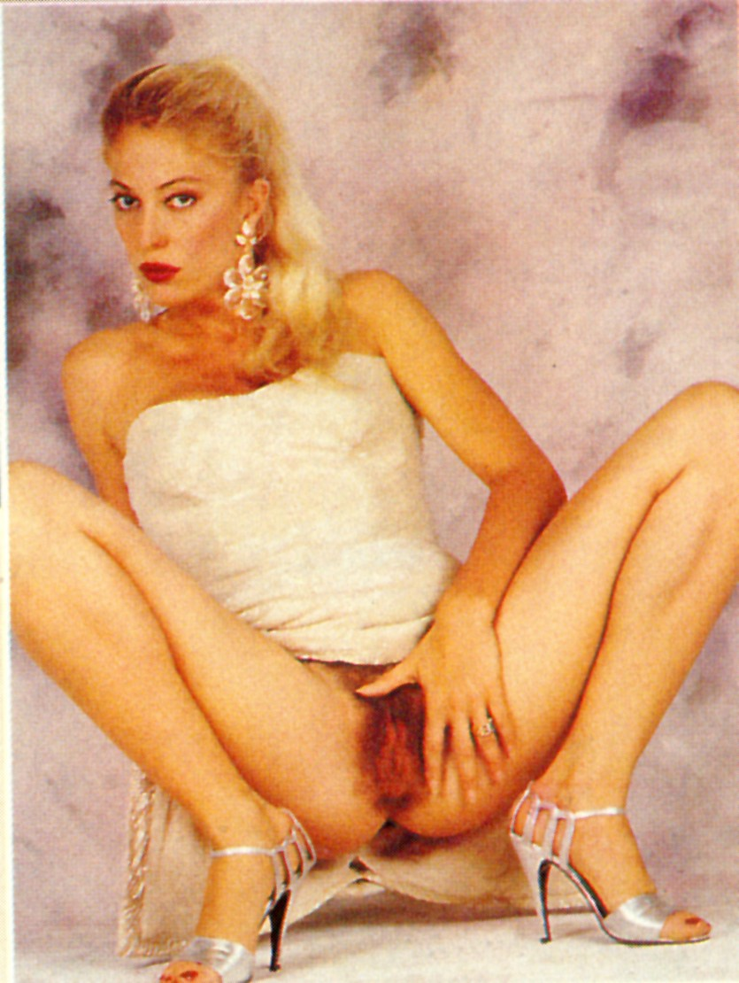 Beautiful naked ukranian pussies