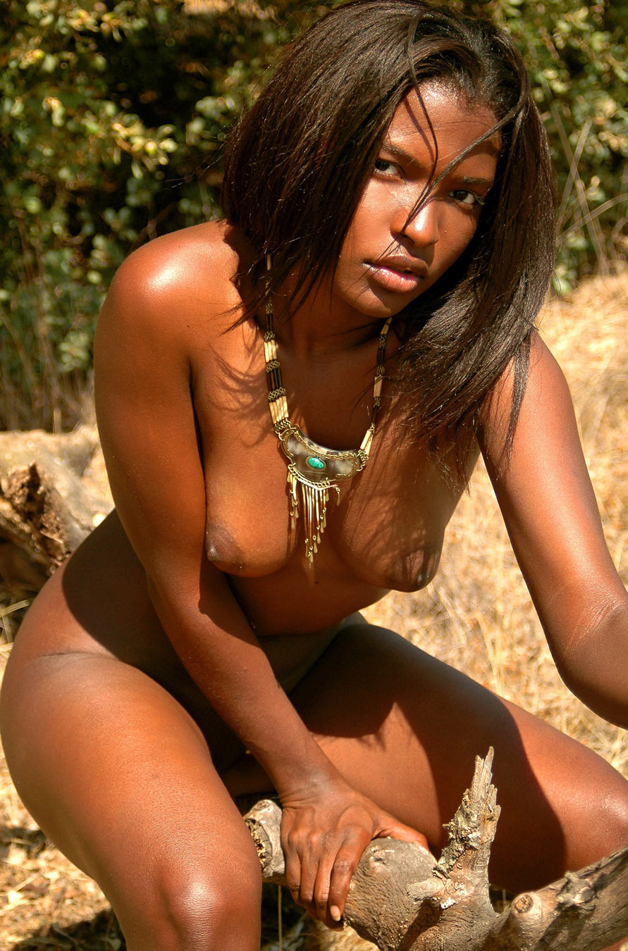 free pictures of nude female tribes