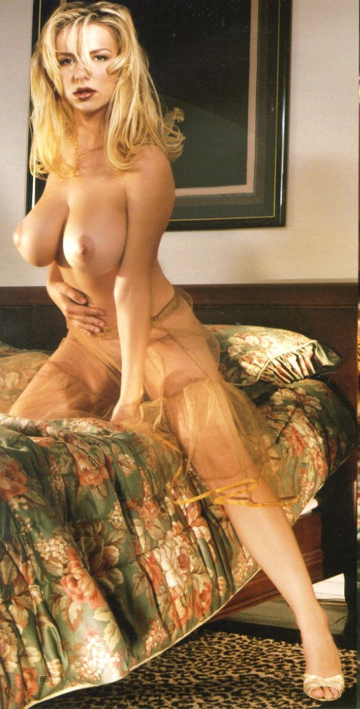 Sylvia Kelly 028 | pimpandhost.com