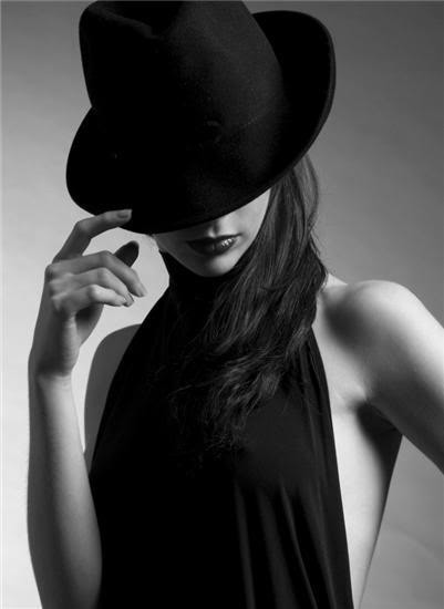 •♥•Графники от ВишеNku•♥• Hatted%20woman