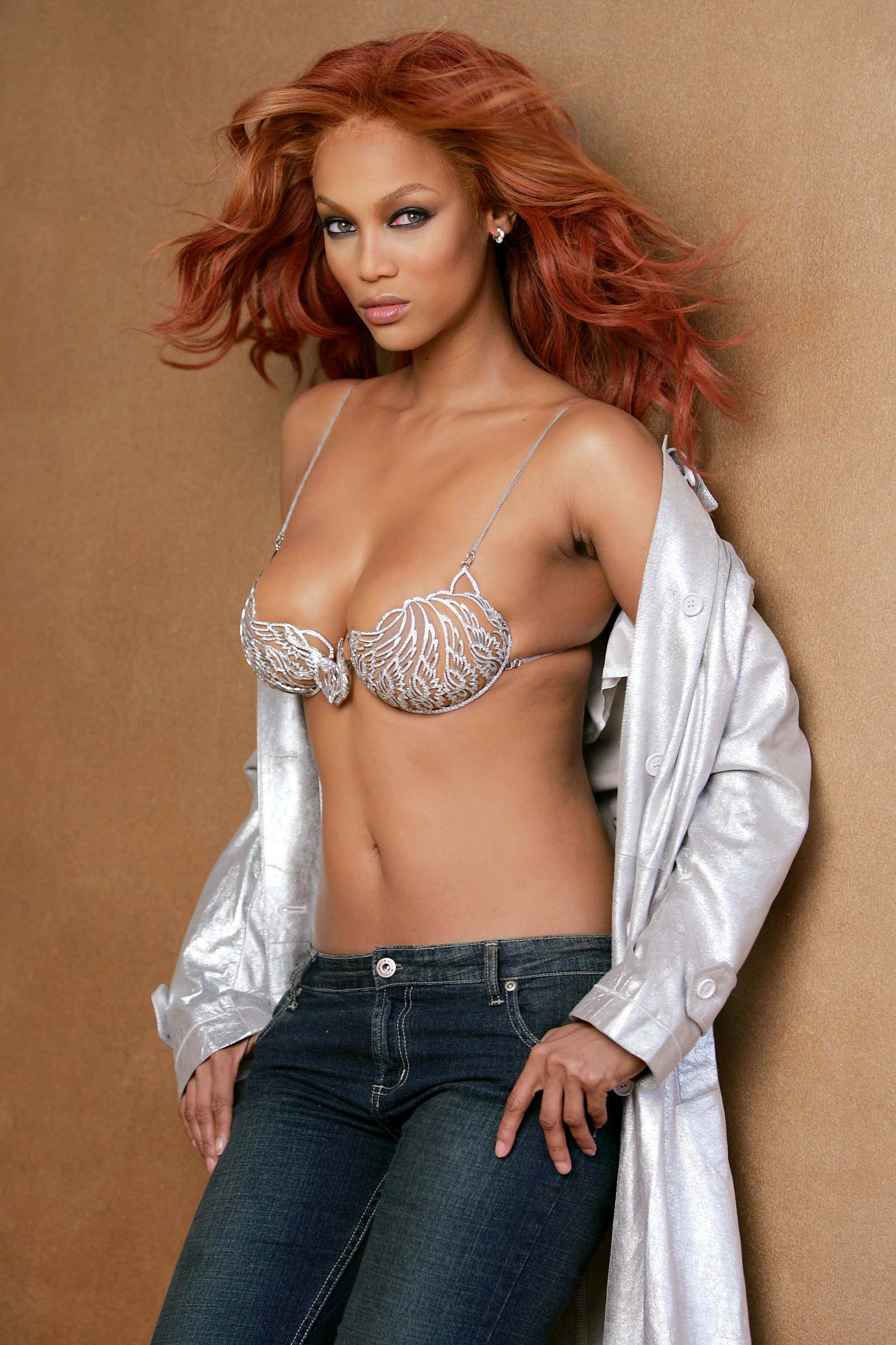 hot naked tyra banks pics