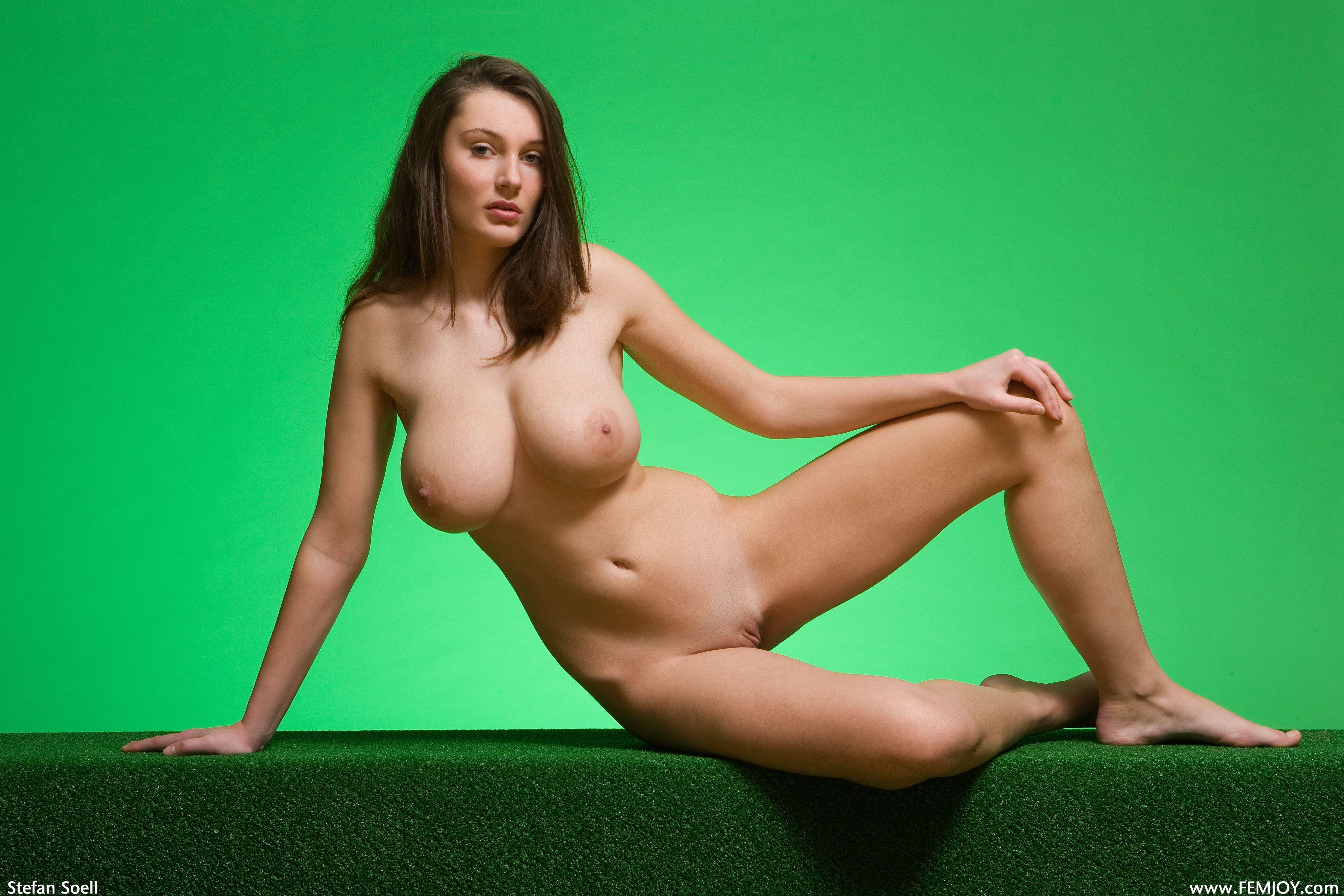 Deliciosa haciendo topless con tanga de gatito - 2 part 10