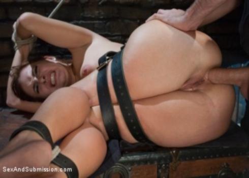порно со связанной жирухой