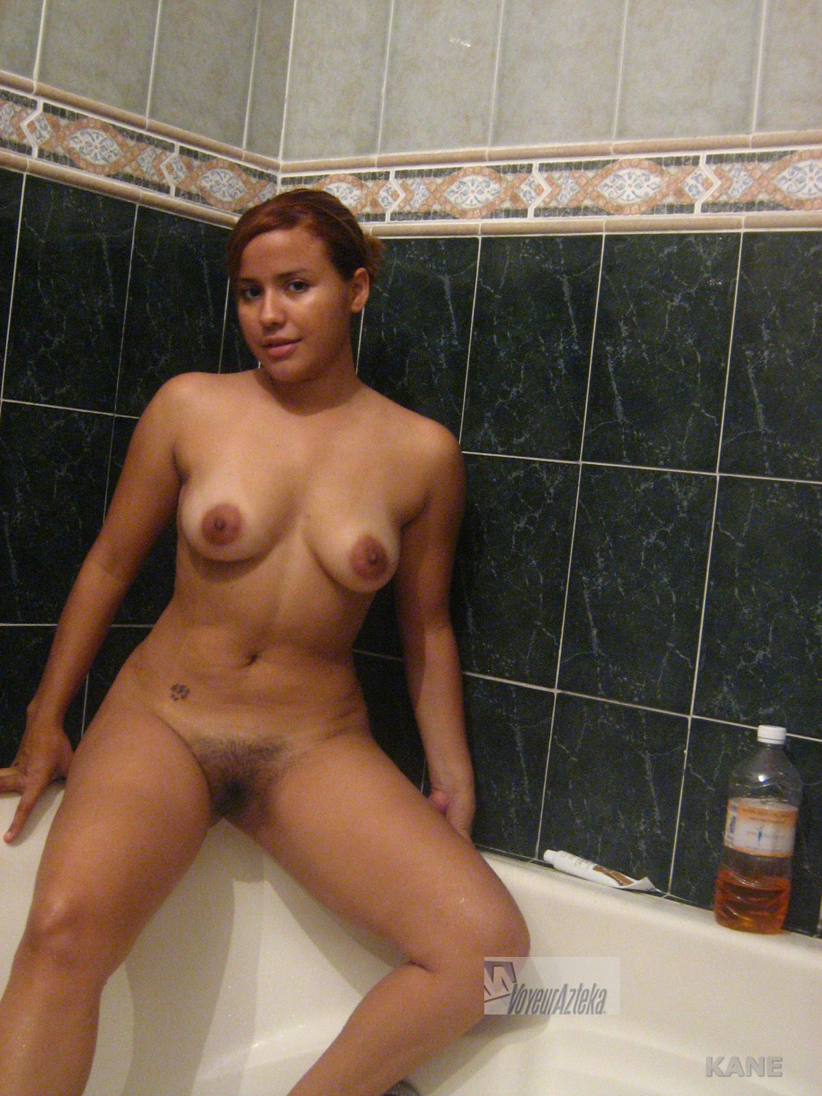 image Hermosa morrita mexicana se masturba para el novio