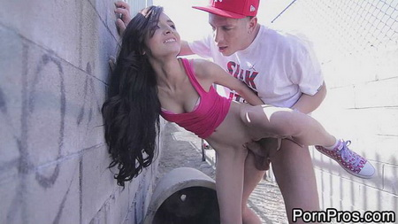 18 Years Old - Zoey Kush (Skinny 18 Year Old Zoey Fucked)