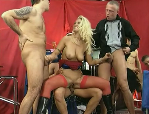 Die Girls Von Der Sperma Bar