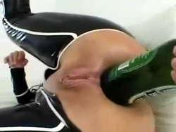 Amateur beer bottle play 10
