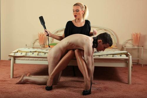 sex i det fri femdom whipping
