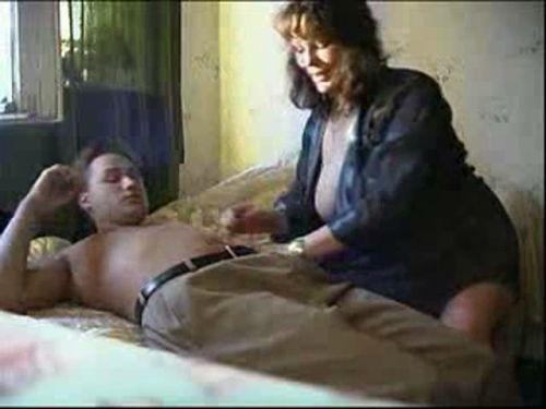 Amateur Sex With Mature wmv, 173MB, 640x480, 00.12.13