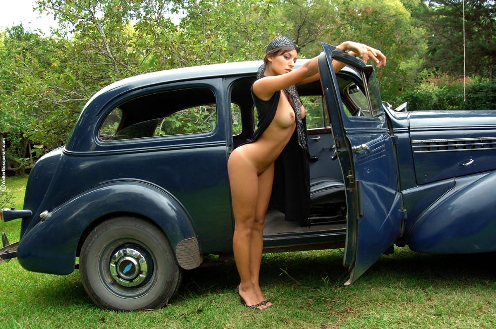 naked skinny women in stockings