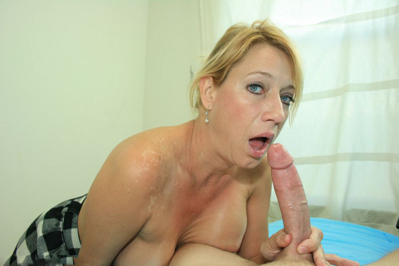 Mrs Moore Milf 80