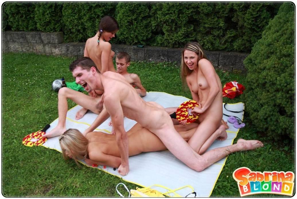 Даче на порновидео отдыхают студенты