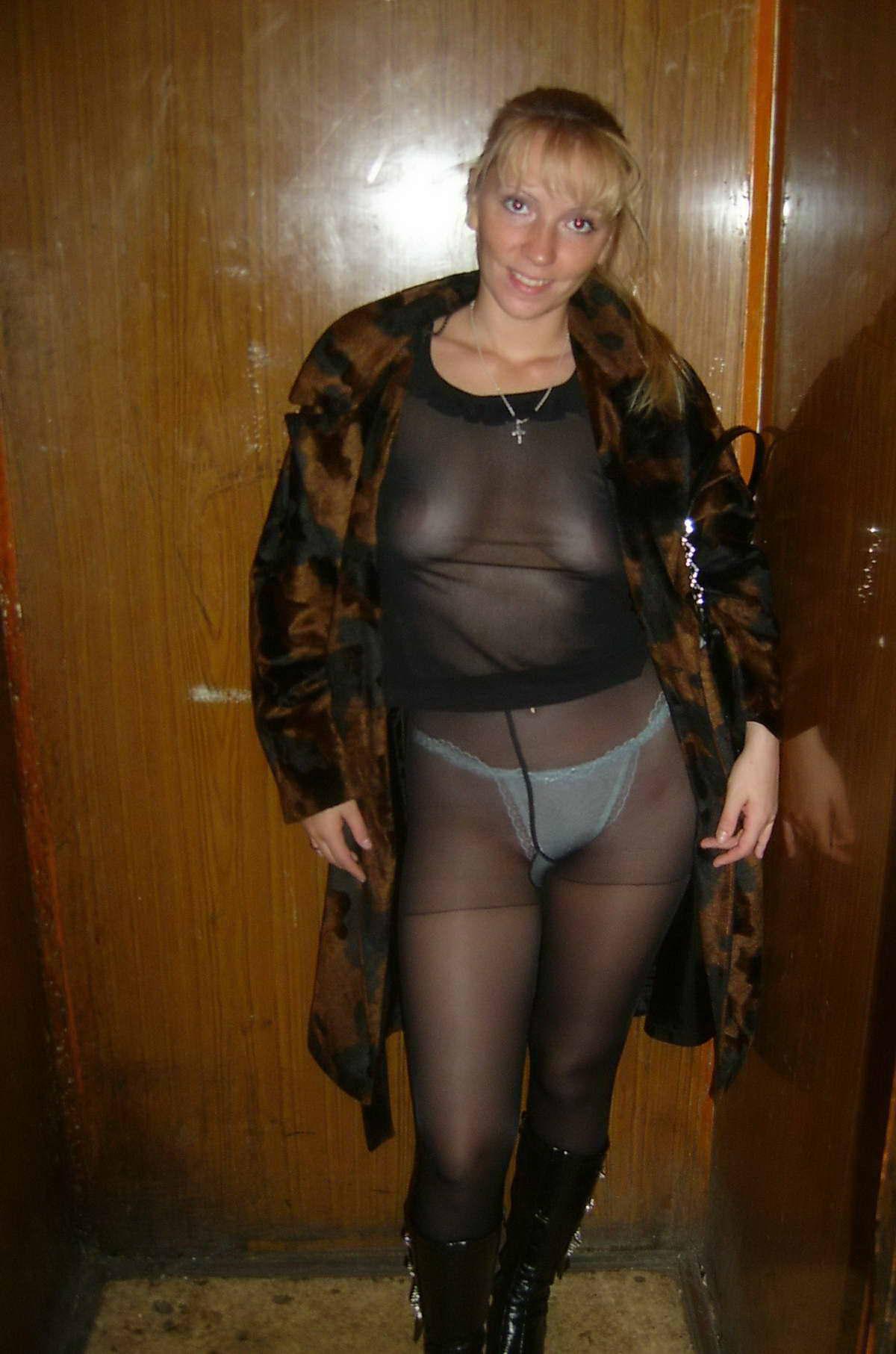 Тётка в прозрачном 3 фотография