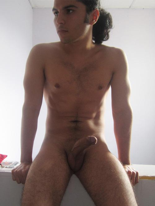 Video gratis pelo largo desnudo