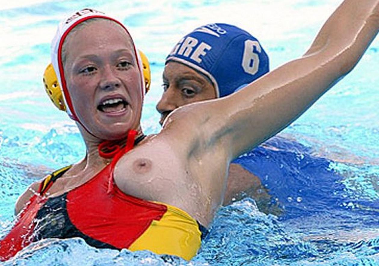 русскими спортсменами фотки подсмотреть за