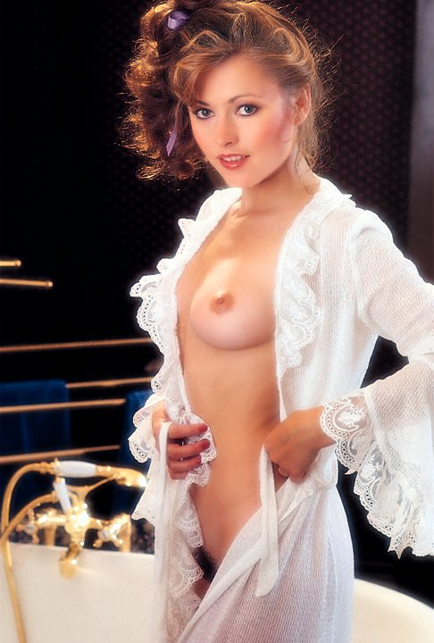 Linda Vaughn Topless Porno Thumbnailed Pictures