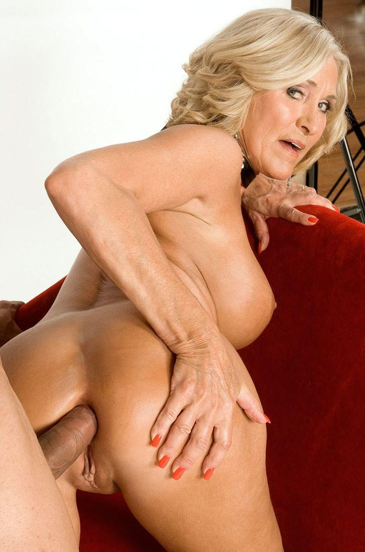 Sexy granny katia got her boobs and mature snatch drilled