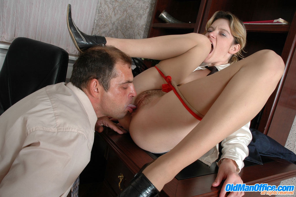 Japanese company's female boss force pussy licking to subordinate in office