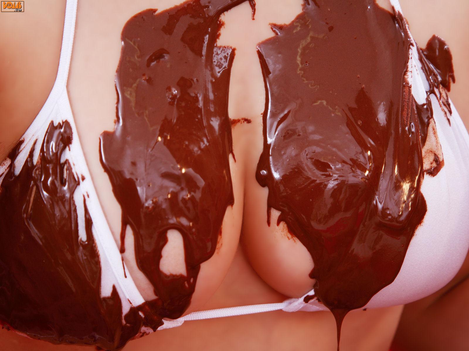 Chocolate Single Boob